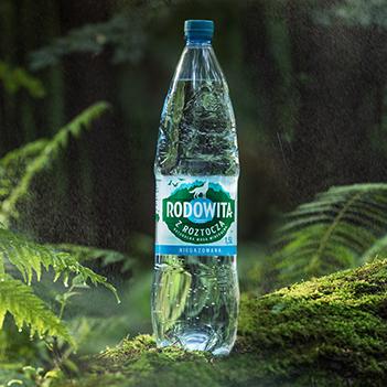 Butelka wody Rodowita z Roztocza.